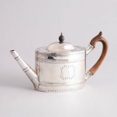 George III Solid Silver Teapot with Pear Wood Handle, London Hallmarks for 1791/2